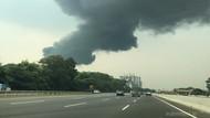 Pabrik di Sentul Kebakaran, Asap Hitam Membubung Tinggi