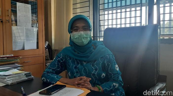 Kepala Bidang Guru dan Bidang Pendidikan Dispendik Surabaya Mamik Suparmi