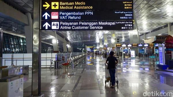 Pengunjung tengah berada di Terminal 3 Ultimate Soekarno Hatta, Tanggerang, Banten, beberapa waktu lalu.