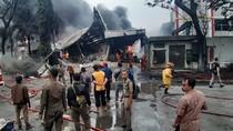 Kebakaran Pabrik di Sentul, 10 Unit Damkar Diterjunkan