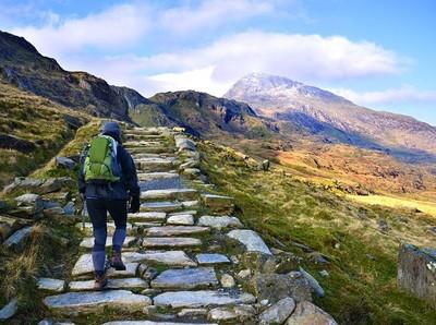 Wisata ke Gunung Tertinggi di Wales Tak Lagi Gratis Bagi Pendaki