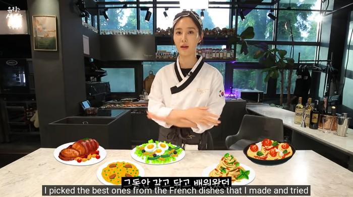 Yuri SNSD Jadi Chef Seharian