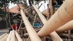 Curhat Perajin Pohon Pinang di Tengah Pandemi