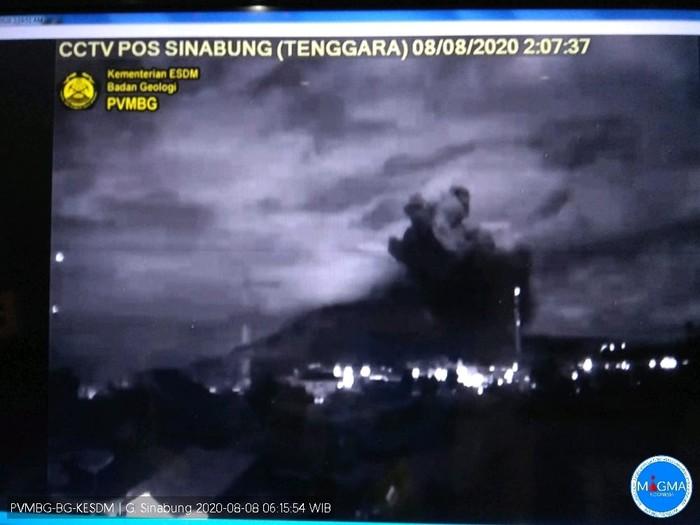 Erupsi Gunung Sinabung 8 Agustus 2020