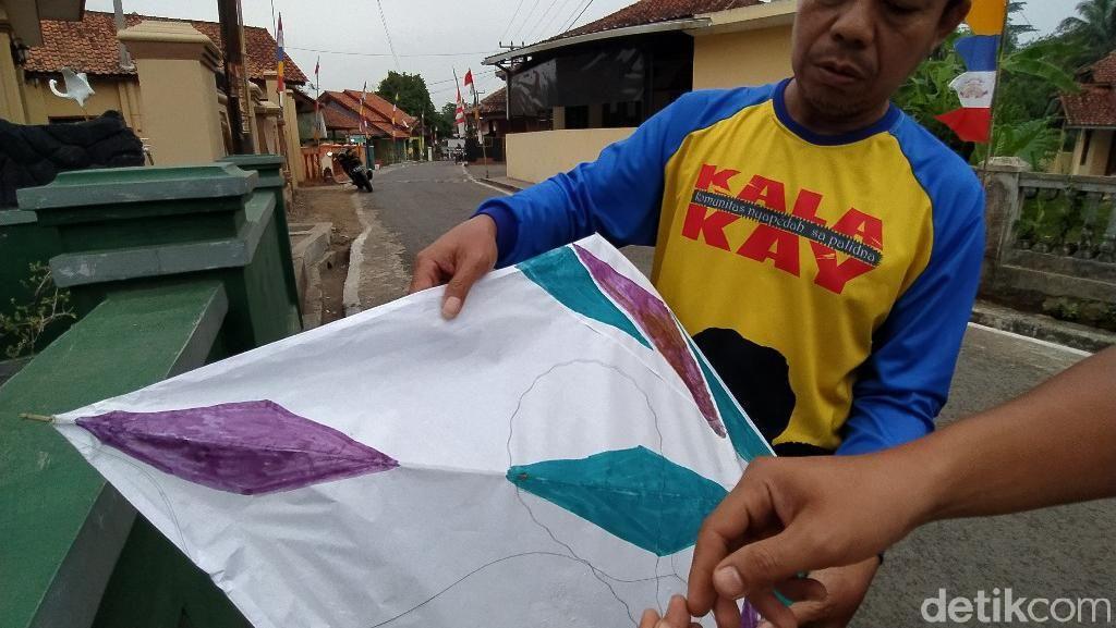Gegara Layangan Pakai Kawat, Aliran Listrik di Ciamis Sering Padam