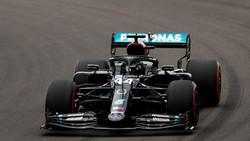 Mercedes Dominasi Hari Pertama Latihan Bebas Anniversary GP