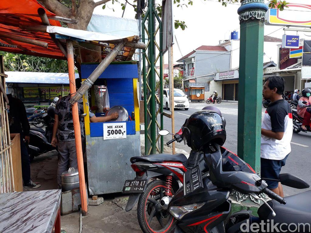 Mie ayam Rp 5 ribu di Yogyakarta