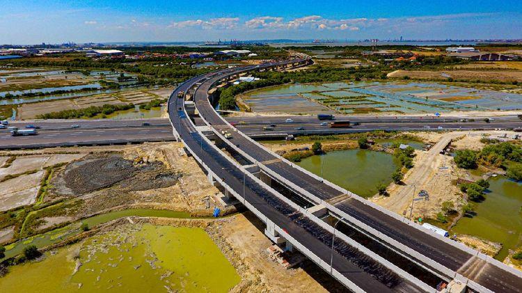 Penampakan Terkini Flyover Teluk Lamong