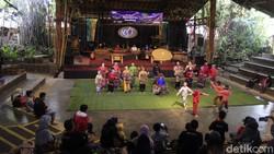 Saung Angklung Udjo Terancam Tutup?