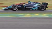 F2 Inggris: Mobilnya Lagi Enak, Sean Bidik Poin di Silverstone