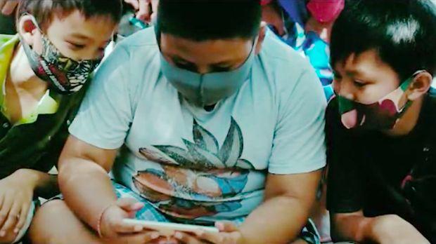 Anak Pulau Barrang Lompo Belajar Online