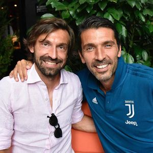 Buffon ke Pirlo: Jadi Sekarang Saya Panggil Kamu Mister?