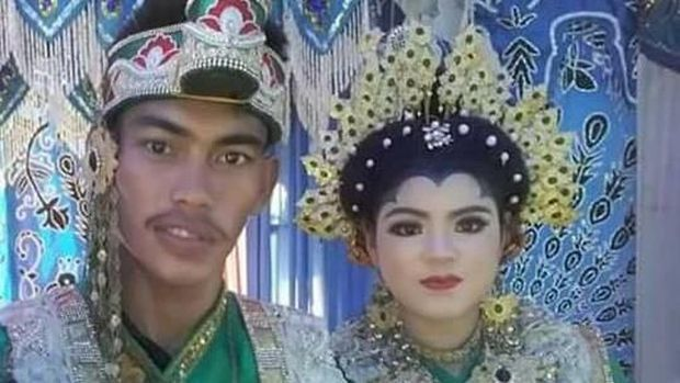 Nokies Febrianto dan istrinya Musriani.
