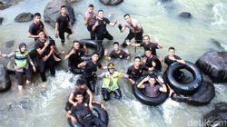 Gali Potensi Wisata, Polresta Sukabumi Gandeng Warga Bersihkan Sungai