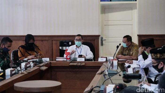 Rapat koordinasi tim Gugus Tugas COVID-19 Kabupaten Pati, Minggu (9/8/2020).