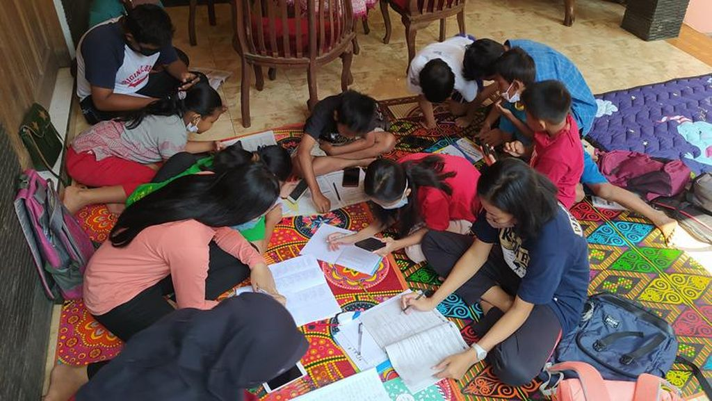 Warga Desa di Magelang Sumbang WiFi Gratis untuk Belajar Online