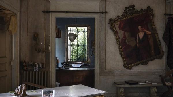 Diketahui, sebagai salah satu destinasi wisata yang populer di Beirut, Lebanon, Istana Sursock menyimpan beragam karya seni era Ottoman, marmer, dan lukisan dari Italia selama tiga generasi terakhir.