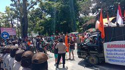 Ada Warga Demo soal Tanah Sari Rejo, Jalan Sekitar GKN Medan Ditutup