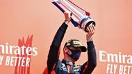Strategi Ban Jadi Kunci Kemenangan Verstappen di GP Anniversary