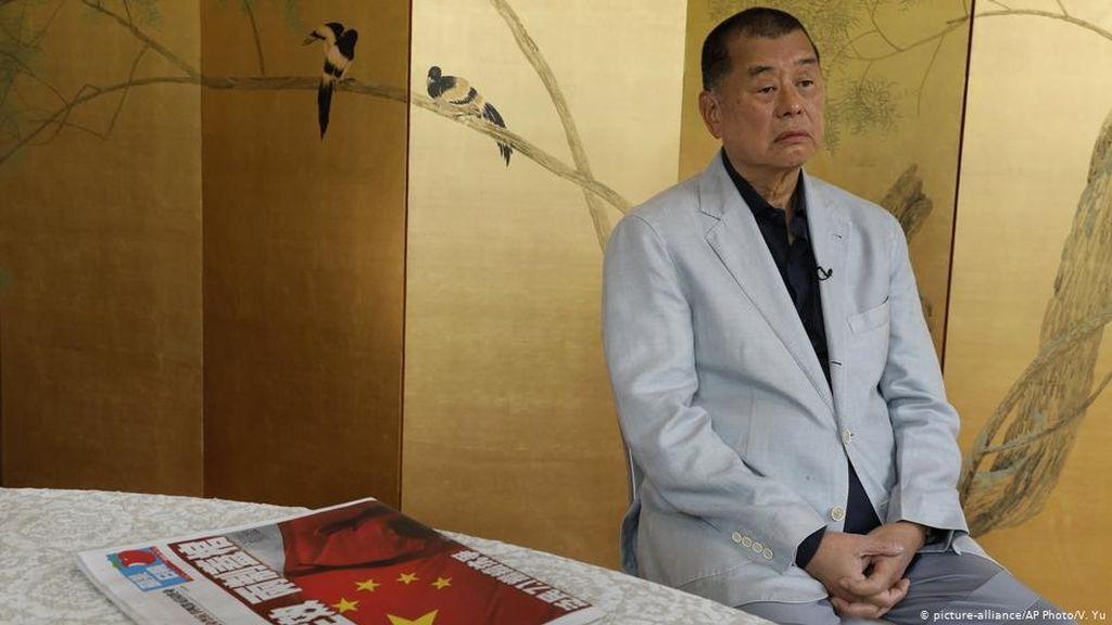 Otoritas Hong Kong Tangkap Taipan Media Pro-Demokrasi Jimmy Lai