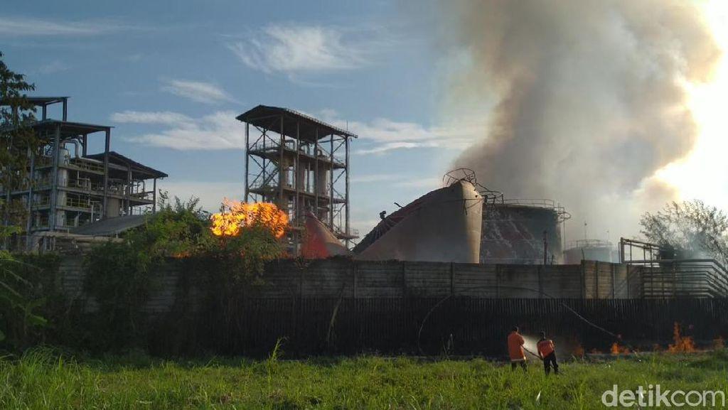 10 Korban Ledakan Pabrik Bioetanol Mojokerto Dievakuasi ke Rumah Sakit