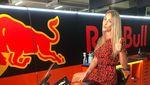 Potret Seksi Courtney Renniers, Pacar Brad Binder Pemenang MotoGP Republik Ceko
