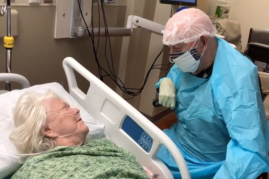 90-Year-Old Man Wears Full PPE to Say Goodbye to WifeScott Hooper shot this video in Lakeland, FL on July 11, 2020. Mandatory Courtesy: Scott Hooper via TMX.news