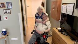 Haru, Kisah Kakek Rela Terinfeksi Corona & Meninggal Usai Jenguk Istri di RS