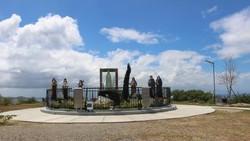 Di Batangas Ada Taman Doa yang Begitu Menenangkan