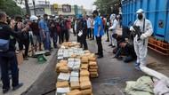 BNN Gagalkan Pengiriman 410 Kg Ganja yang Diangkut Truk Pisang di Bekasi