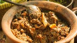 Pakai Wadah Tanah Liat, Masakan Jadi Lebih Enak dan Awet Nutrisinya