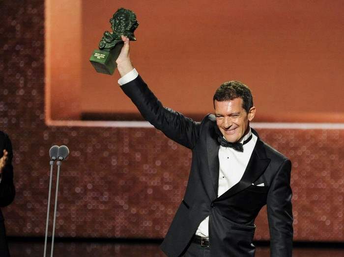 MALAGA, SPAIN - JANUARY 25: Antonio Banderas holds the Best Actor Award for the film