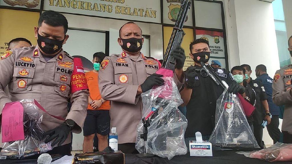 Polisi Pamerkan Barang Bukti Penembakan di Tangerang: 3 Airsoft Gun-Mobil