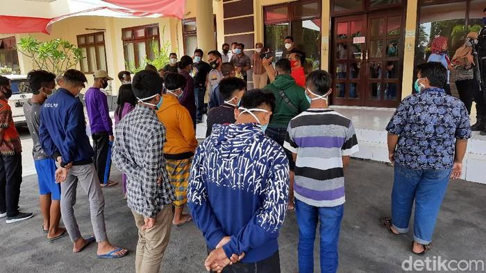 6 Oknum Anggota PSHT Ditetapkan Tersangka Perusakan Puluhan Rumah di Situbondo
