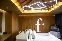 Kamar suiteFashion Hotel Legian. Hotel ini mengalami okupansi di titik terendah hanya 5-10 kamar per hari. Di awal-awal pandemi malah hanya 2-5 kamar.