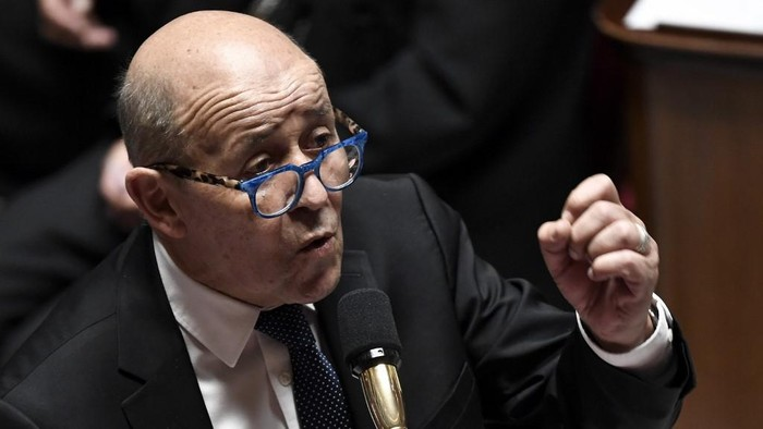 French European and Foreign Affairs Minister Jean-Yves Le Drian speaks during a session of Questions to the government, on July 28, 2020, at the National Assembly in Paris. (Photo by STEPHANE DE SAKUTIN / AFP)