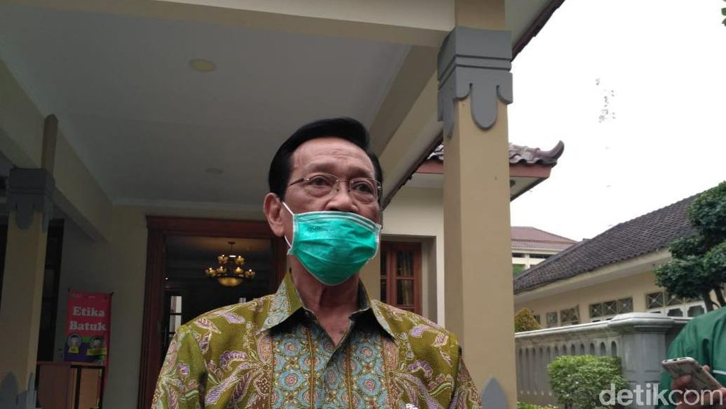 Sultan HB X Tak Larang Warga Yogya Tirakatan 17 Agustus, Asal...