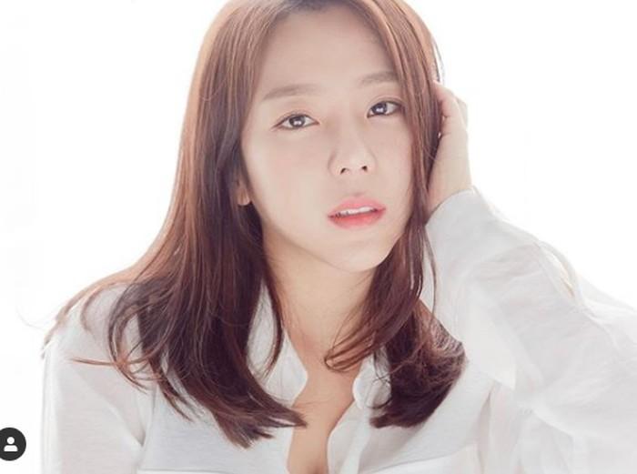 Kim Yewon, aktris Korea