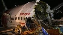 Kesaksian Penumpang yang Selamat Usai Pesawat India Jatuh Terbelah Dua