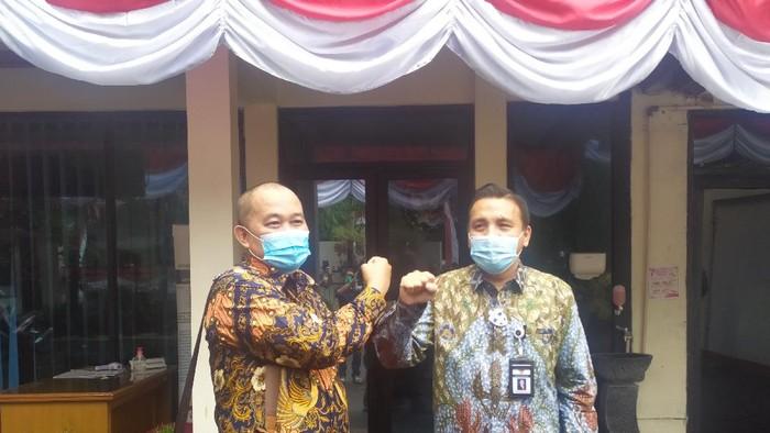 Koordinator MAKI Boyamin Saiman dan Kepala Komjak Barita Simanjuntak