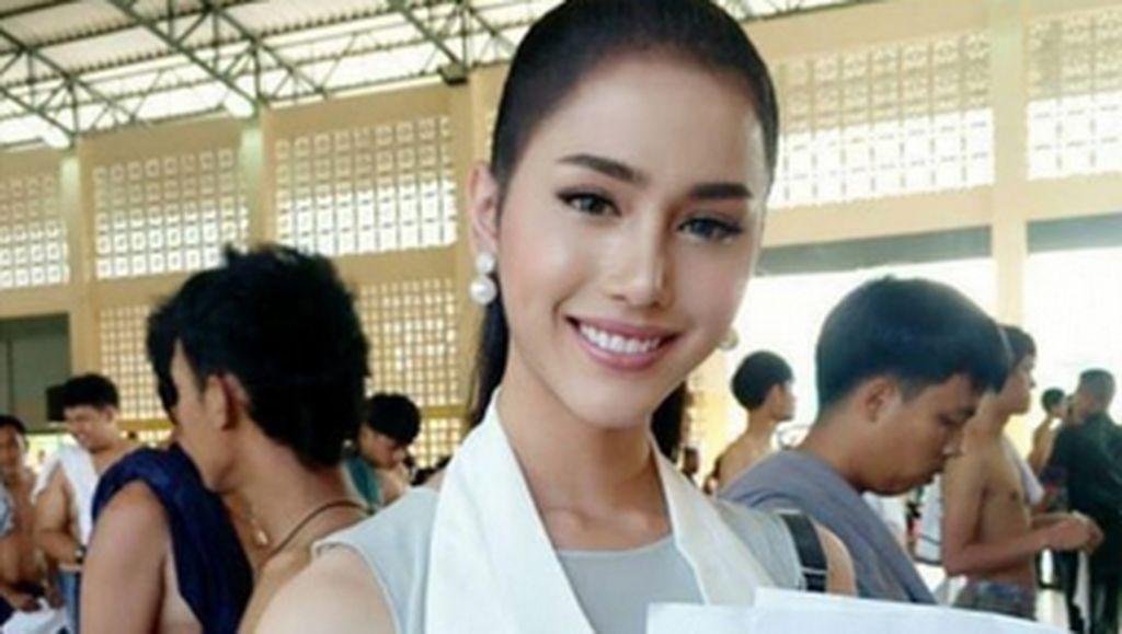 Cantik-cantik, Transgender Thailand Eksis di Tempat Pendaftaran Wajib Militer