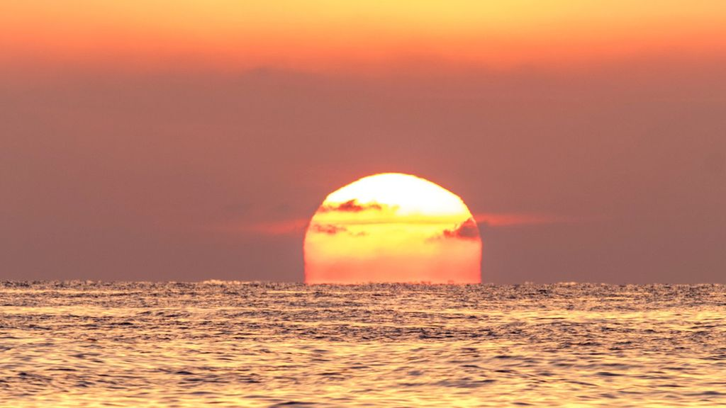 Tahukah Anda Mengapa Matahari Kadang-kadang Berwarna Merah?