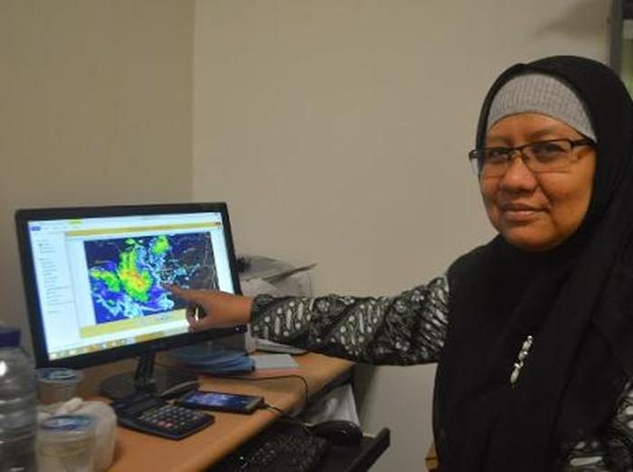 Pakar Iklim Universitas Gadjah Mada (UGM), Dr Emilya Nurjani bicara soal awan tsunami, Selasa (11/8/2020).