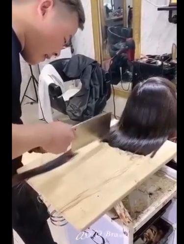 potong rambut pakai pisau daging