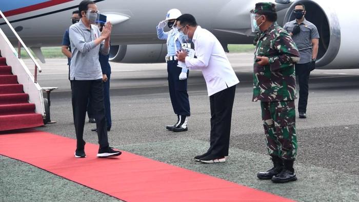RK saat menyambut kedatangan Jokowi di Jabar (Foto Biro Pers Sekretariat Presiden)