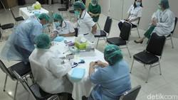 Tes serologi merupakan pemeriksaan untuk mengetahui antibodi dalam darah. Tes ini diketahui dapat menjadi acuan untuk deteksi awal indikasi infeksi virus Corona