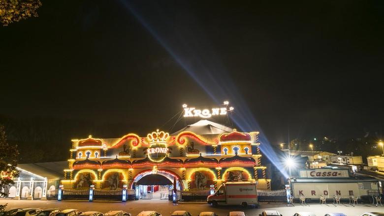 Sirkus Krone asal Jerman