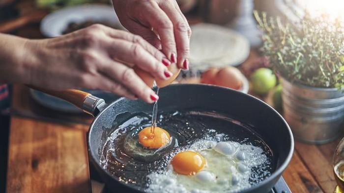 Trik Bikin Telur Mata Sapi yang Lembut