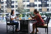 Suasana restoran diThe Trans Resort Bali.