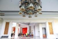 Di masa pandemi ini, The Trans Resort Bali telah mengurangi jumlah pengunjung, menjaga jarak dan membersihkan tempat-tempat yang sering disentuh.